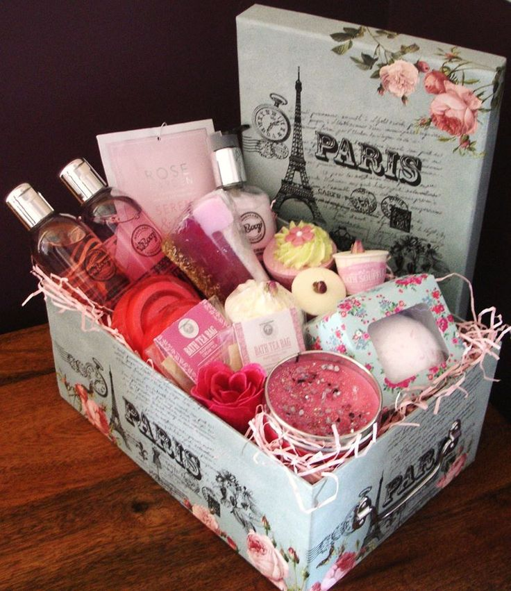 Best 25+ Pamper hamper ideas on Pinterest | Gift hampers ...