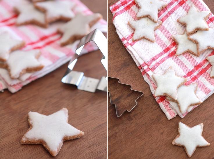 Zimtsterne / Cinnamon star cookies