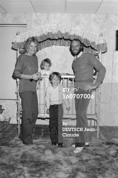 Maurice Gibb with his wife Yvonne, their son Adam (age 5) and their daughter Samantha (age 1) in November 1981
