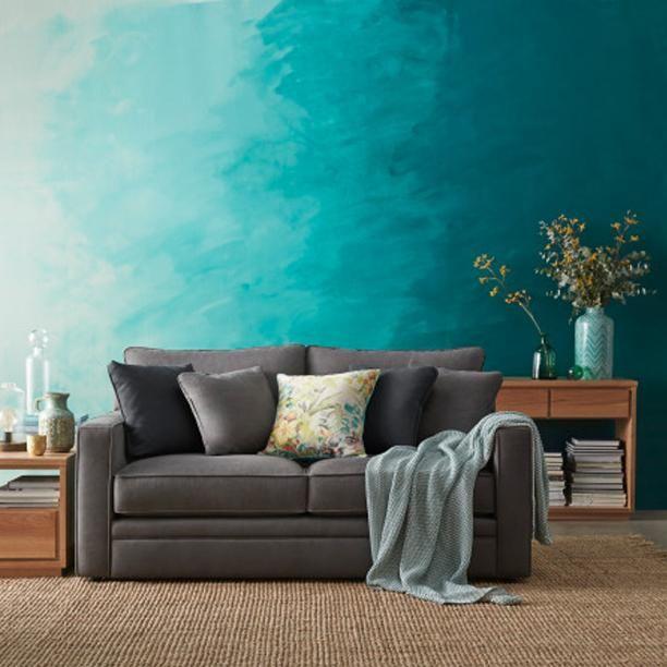 Et si vous rameniez un peu de #vacances dans votre salon ? Nuances de la mer sur vos murs. #InspirationDéco