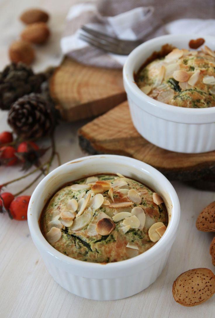tortini agli spinaci mandorle e formaggio