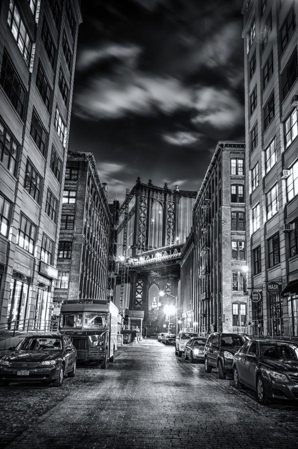 Street View - Brooklyn Bridge At Night