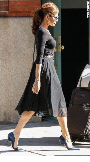 Eva Mendes | effortless chic.