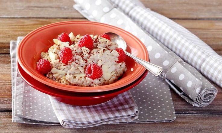 Zdravá snídaně: připravte si ovesnou kaši posle našeho receptu a snídejte zdravěji! Tesco Recepty - čerstvá inspirace na každý den.