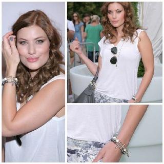 Aleksandra Kisio And Very You:)