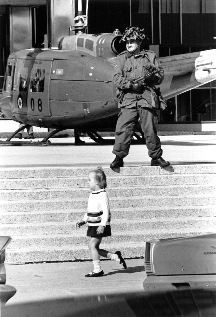 The October Crisis began 5 October 1970 with the kidnapping of James CROSS, the British trade commissioner in Montréal, by members of the Front de Libération du Québec (FLQ).
