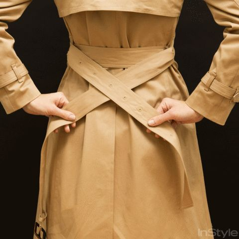 Follow our easy-to-follow GIF tutorials (complete with step-by-step tips) and learn how to tie a trench coat like a pro.