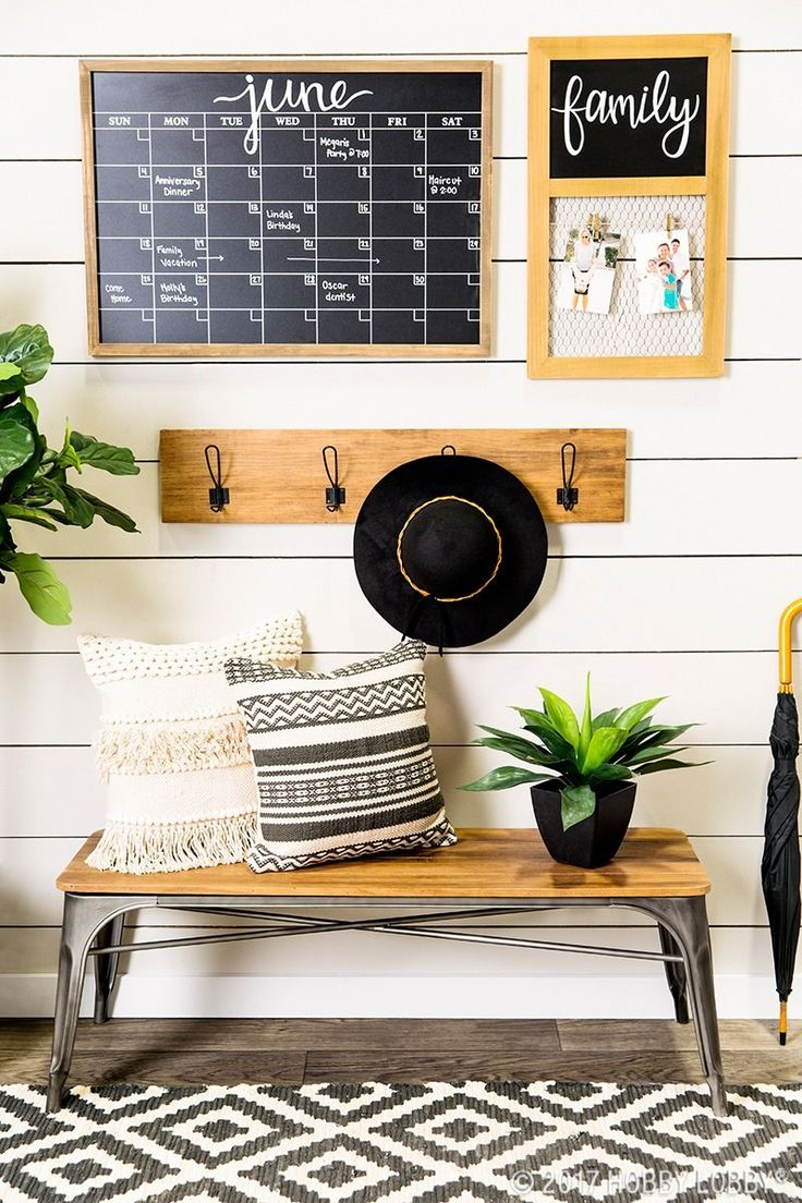 Stay organized & up-to-date with an on-trend entryway!
