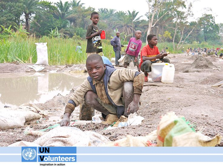 TODAY on day 21 of UNV Connect, we focus on @UNICEF, the driving force that helps build a world where the rights of every child are realized. See how UN Volunteers have partnered with UNICEF: http://www.unv.org/en/current-highlight/universal-childrens-day-2012/doc/-5c321b41ef.html