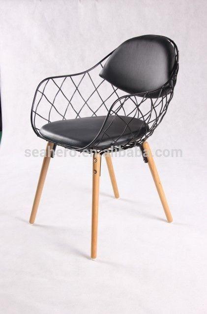 Meer dan 1000 idee n over houten stoelen op pinterest stoelen oude houten stoelen en stoelen - Smeedijzeren stoel en houten ...
