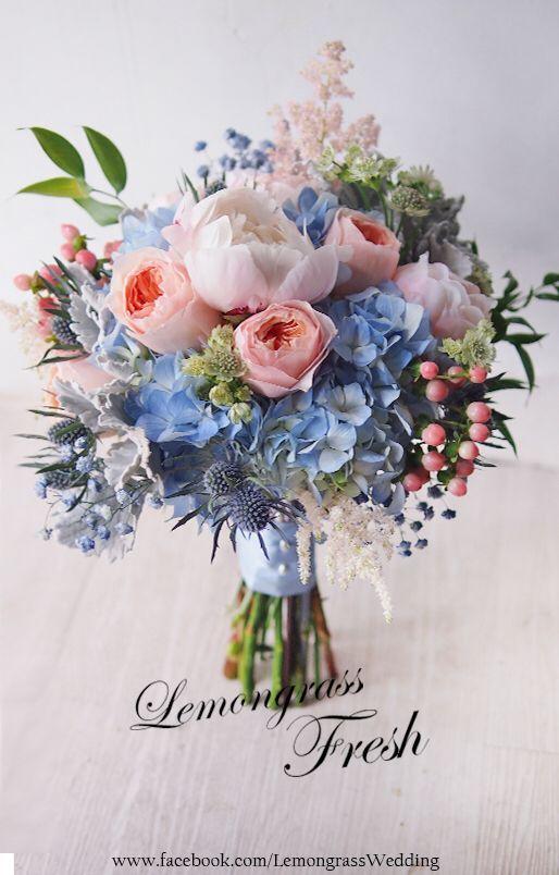 Schöne blaue Brautblumen in Pastellrosa und Gelassenheit – #Blau #Brautb …   – https://well.girlscare.co