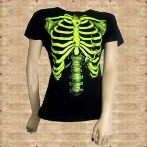 A fantastic green skeleton on a black cotton ladies fitted t shirt. The Green Skeleton Ladies T Shirt by Omen clothing in the Skulls and Dragons clothing range.    Made from cotton    Ref : SDABZ600   Price : 11.99 GBP