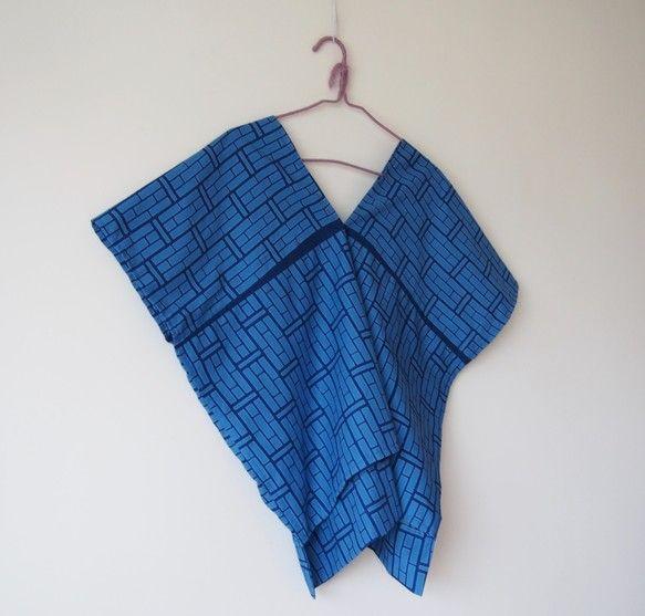 OKINAWA TOP -ブルーの浴衣地を使ったトップス|ワンピース・チュニック|RikaShioya|ハンドメイド通販・販売のCreema