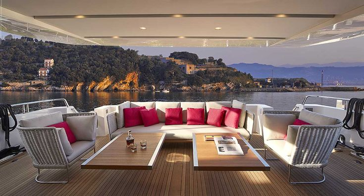 Sanlorenzoyacht, Italy © Paola Lenti srl - ph Giuseppe Raso Lightline #paolalenti #architecture #furniture #design #decor #designfurniture #complements #creativefurniture #moderndecor #indoor #outodoor #yacht