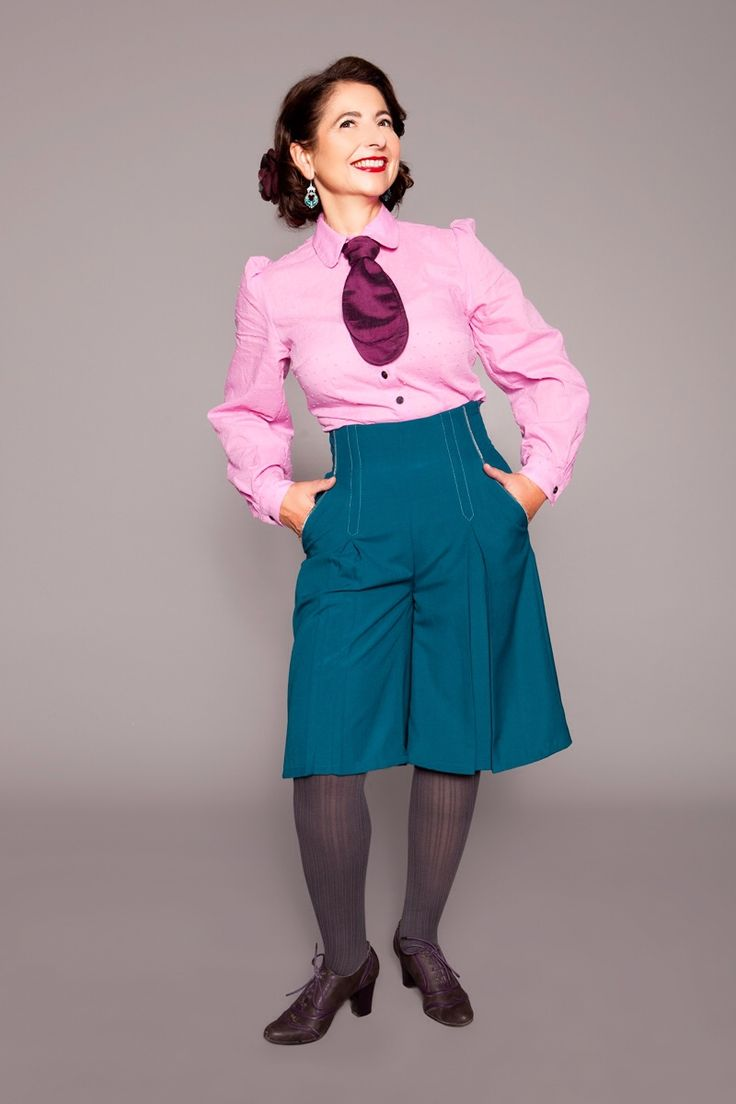 1940s culotte with blouse and tie by MARLENES TOECHTER