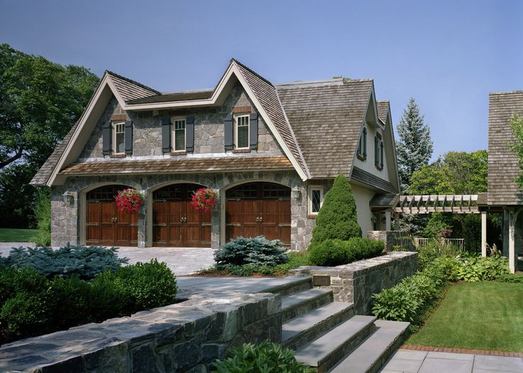 62 best images about carriage house on pinterest for House plans with breezeway to guest house