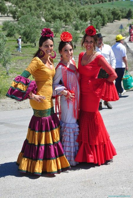 the holidays in the spanish culture Cultural holidays in spain cooking and cultural holiday in the spanish pyrenees a mix of cooking, culture and walking from €1,295 8 days ex flights.