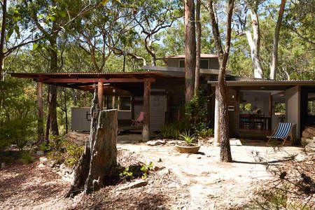 Bush Cabin Retreat in Wedderburn