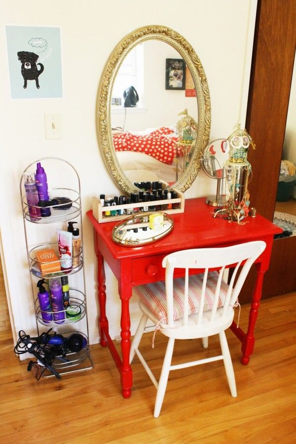 10 DIY Dressing table ideas - Little brightly colored table w/mirror. Add stool with storage inside instead of chair?