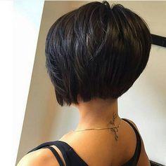 The black bob… stark und kernig! 11 coole Bob-Frisuren für schwarzhaarige Frauen! - Neue Frisur