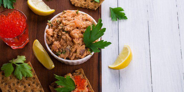 Thon Sardines Maquereaux 6 Recettes Delicieuses Avec Du Poisson En Boite En 2020 Rillettes De Thon Sardines Thon