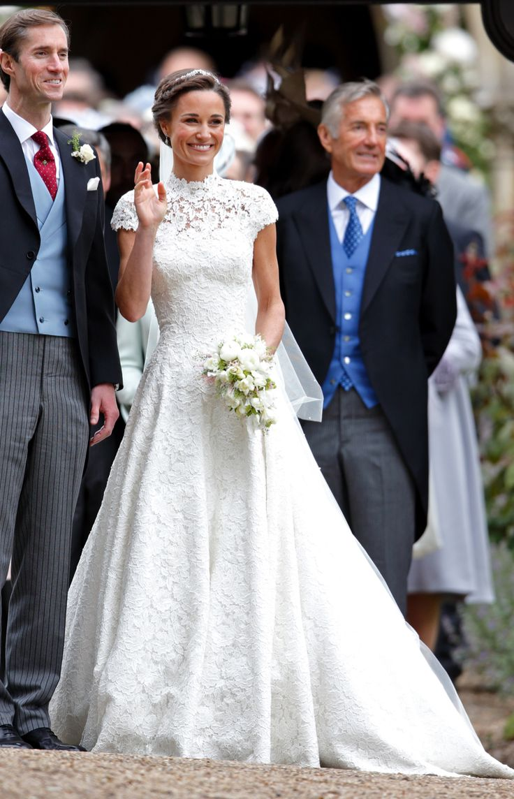 As 25 melhores ideias de pippa middleton wedding dress no for Giles deacon wedding dresses
