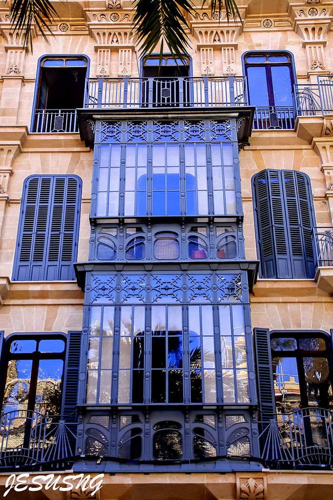 Beautiful architecture in Palma de Mallorca, Balearic Islands, Spain | jesusng via flickr