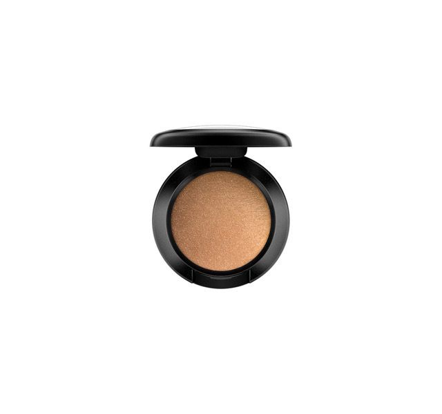 Goldmine eyeshadow from the M.A.C. counter at @myer.  #mac #makeup #beauty #myer