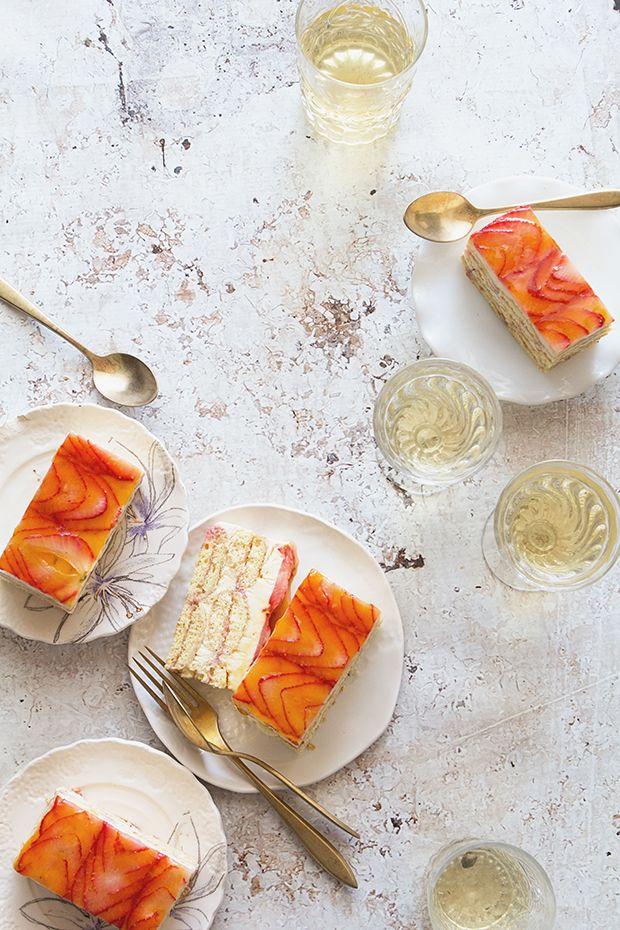 Strawberry Tiramisu / Bakers Royale