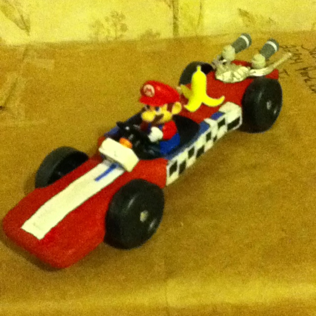 my sons design mario pinewood derby car cub scouts pinterest