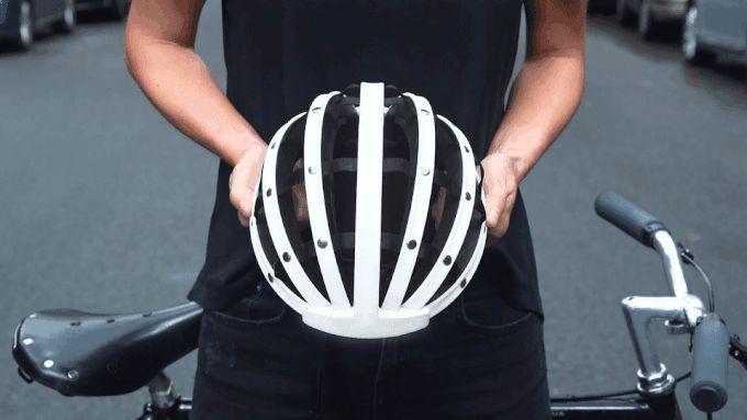 La casque de vélo pliant et compact Fend | Vélo ville & vélo urbain sur Le Vélo Urbain.com