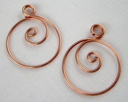 Zen Spiral Hoop Earrings tutorial by Rena Klingenberg.   Simple and elegant.