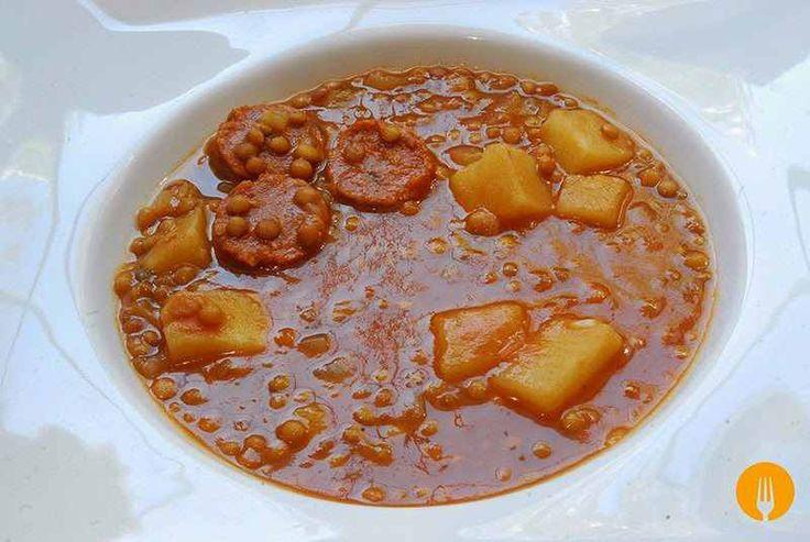 Lentejas con chorizo, verdura y carne. Receta tradicional y con thermomix | Recetas de Cocina Casera - Recetas fáciles y sencillas