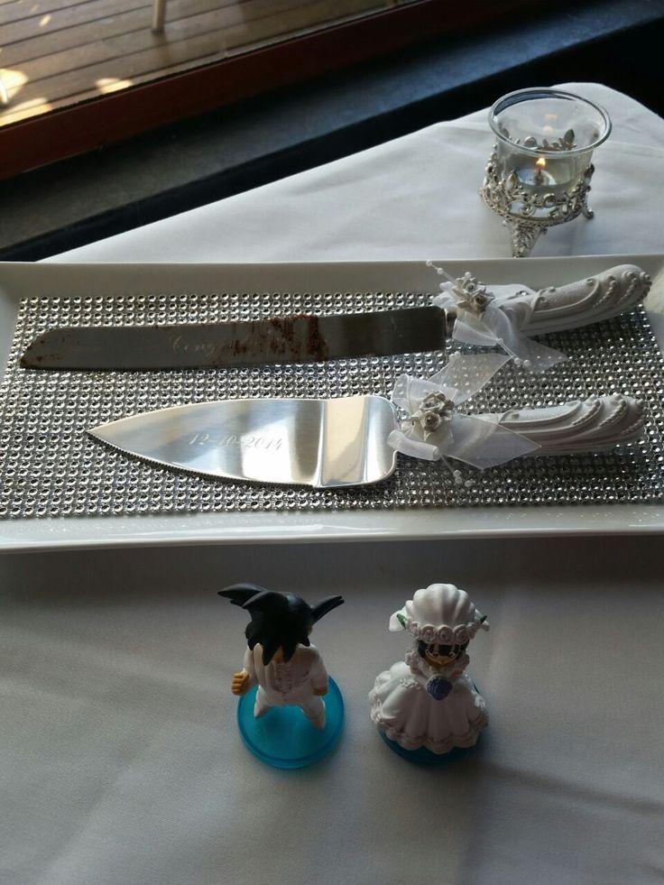 Goku and Chi Chi wedding cake toppers