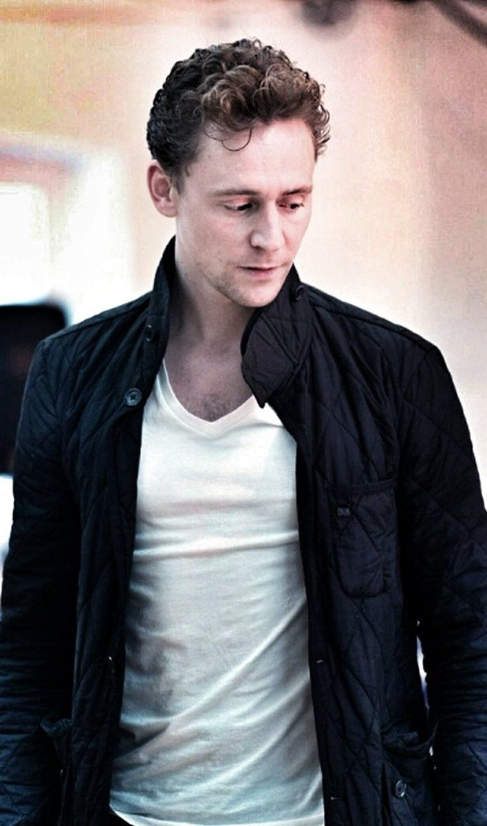 Tom Hiddleston (*) Twitter