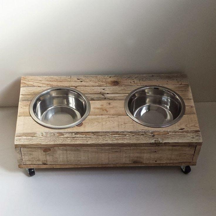 Las 25 mejores ideas sobre envase de comida para perros for Comederos para perros