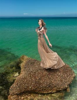 Povestea Terabox-ului Hensel. Natalia Vasiliev, Colectia Ring Island. Fotograf Cristian Floriganta