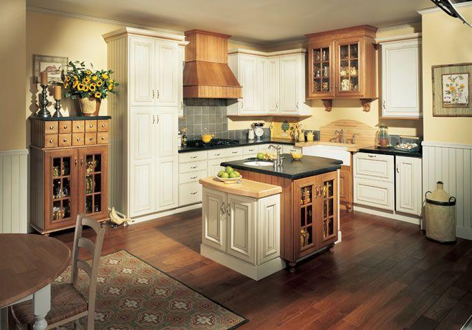 Best Love The Colors Cashmere W Auburn Glaze Quality Kitchen 400 x 300