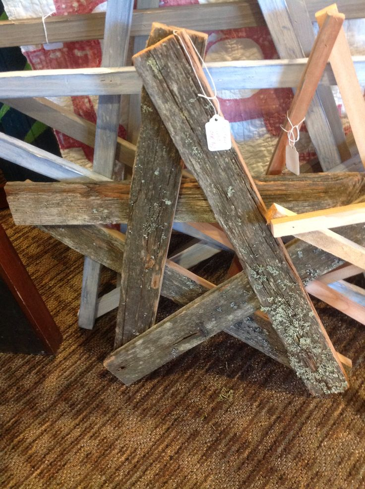 Star from old barn wood crafts for tim pinterest for Old barn wood craft projects