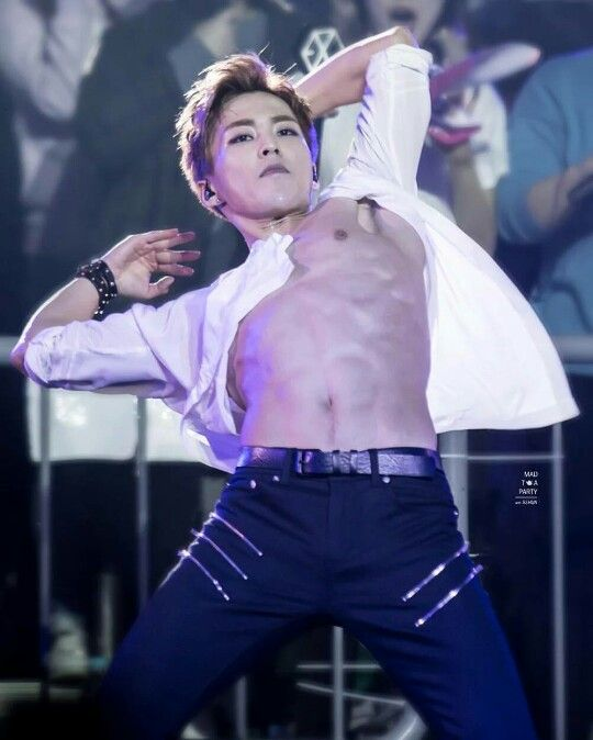 xiudaddy minseok exo �� pinterest muscle