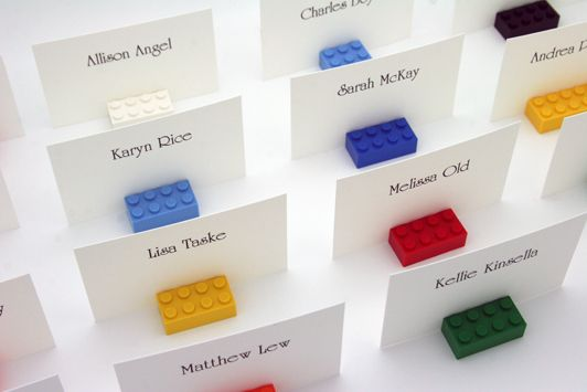 Simple and sophisticated party name cards. #legoduploparty