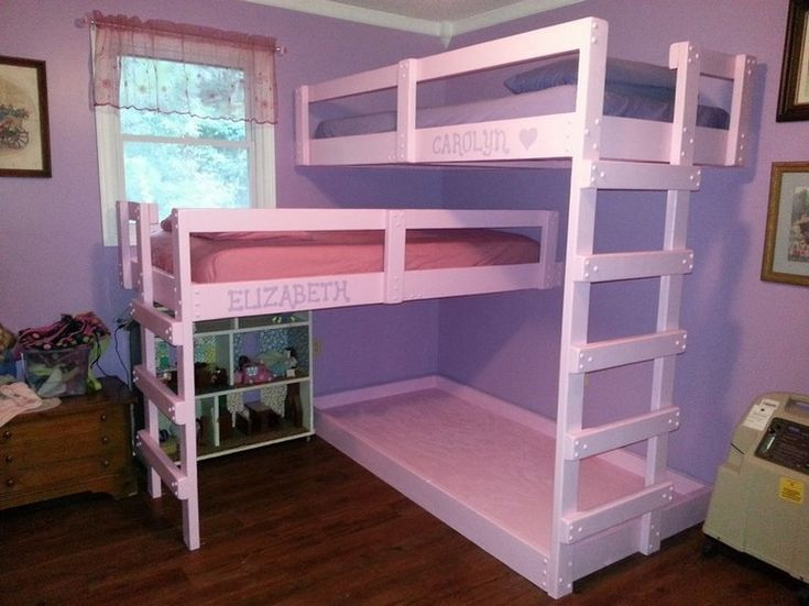 Best 25 pallet bunk beds ideas on pinterest for White pallet bed
