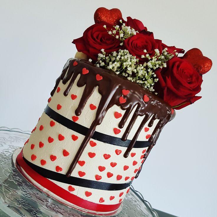 Baked by Julz, valentines day, cake, sweetapolita, black velvet, red velvet, roses, red roses, flowers, love, red, love hearts, cake decorating, cake decorator, ribbon, layer cake