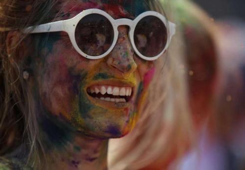 Attualità: #Sorridere #fa bene e allunga la vita: 5 motivi per (tornare a) farlo (link: http://ift.tt/2eQdU80 )