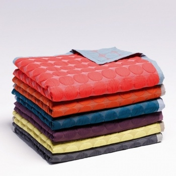 Mega Dot Quilt - Bedcover | HAY | Accessories | AmbienteDirect.com
