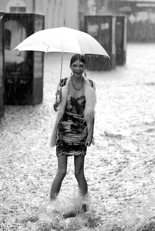 rain - photo veegee  http://www.facebook.com/pages/Art-of-street/144938735644793?ref=ts=ts
