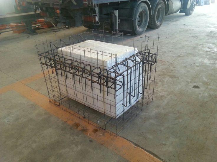Ειδική κατασκευή κλωβού φρεάτιου για την εγκατάσταση οπτικών ινών