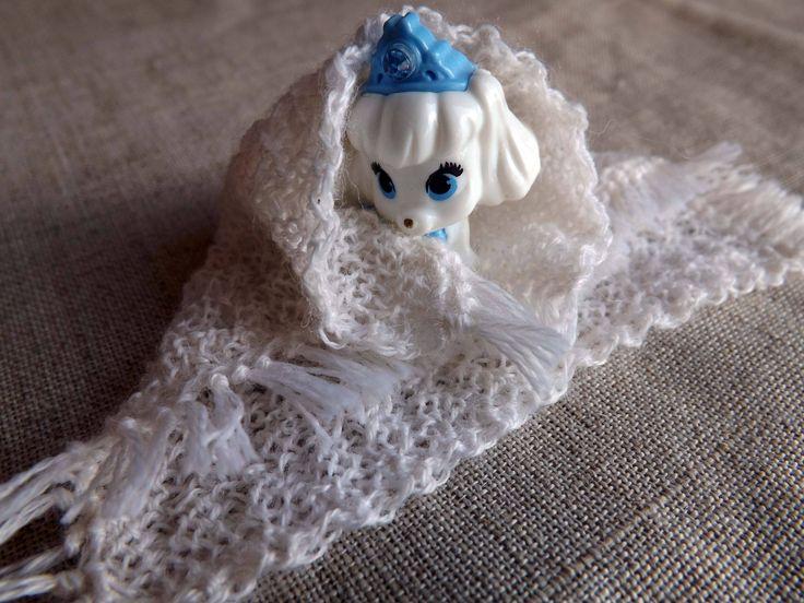 Вязаное спицами одеяло для кукол, миниатюра 1/12 и 1/6, вязать для кукол Барби, вязаное на заказ, выбери цвет, вязаный спицами, выбери пряжу by ShabbyDollhouses on Etsy