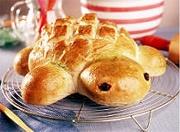 Turtle bread from Disney's FamilyFun magazine - too cute!