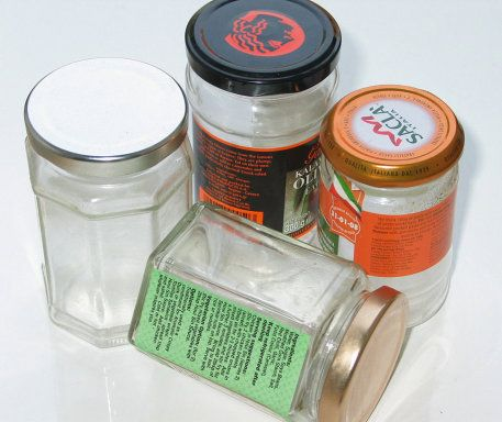 Cómo quitar etiquetas a los botes de cristal